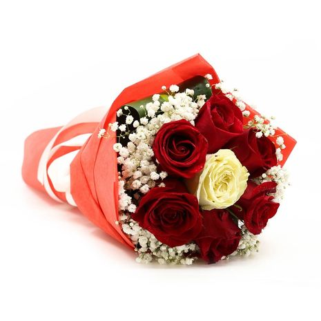 Bouq Red with white rose