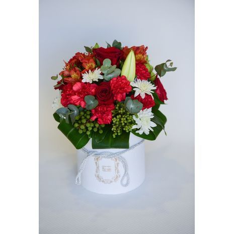 Lilia Red Flowers Offer